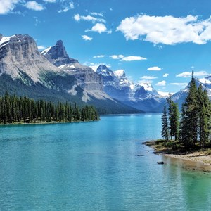 Canadian Rockies and the Pacific Coast Guided Tour
