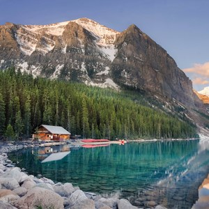 Spectacular Rockies and Glaciers with Alberta Guided Tour